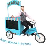 Triporteur du magicien Julien MOREAU à l'un de ses spectacles enfants à Pontoise (Val d'Oise - 95)
