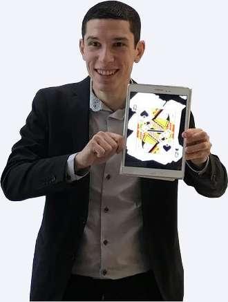 Magicien numérique en close-up de magie numérique à Paris (Anniversaire, arbre de Noël, fête d'entreprise, mariage etc)